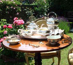The award winning garden of TeaAntiques.com