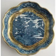 Caughley Scalloped Hexagonal Teapot Stand, Blue and White 'Pagoda'  Landscape Pattern,  c1785