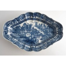 Caughley Melon Shape Printed Underglaze Blue 'Full Nankin' Dish, c1785