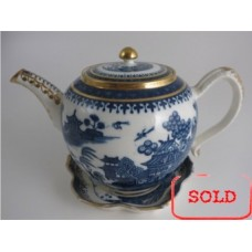SOLD Caughley globular form Teapot, printed in blue and white with 'Willow Nankin' pattern with richly applied gilding, Salopian 'S' mark, c1785 SOLD