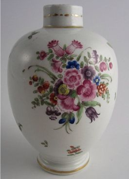 Worcester Tea Canister, floral enamel decoration, c1775