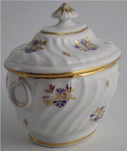 Chamberlain Worcester Sucrier, Oval Shanked Body with Cornflower Sprig Decoration, c1795