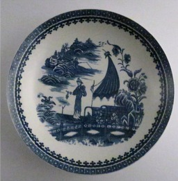Caughley large sized plate, beautifully decorated with the transfer printed blue and white 'Pleasure Boat' or 'Fisherman and Cormorant' pattern, c1785