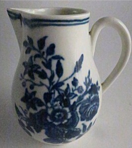 First Period Worcester Sparrow Beak Milk Jug, Decorated With The 'Three Flower' Pattern, c1780