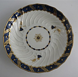 Worcester Shanked Saucer, Blue and Gilt Decoration with 'Bluebell pattern', c1795
